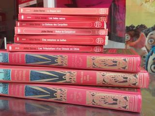 Jules Verne ganha as prateleiras da Livraria Francesa Grande ABC em Santo André