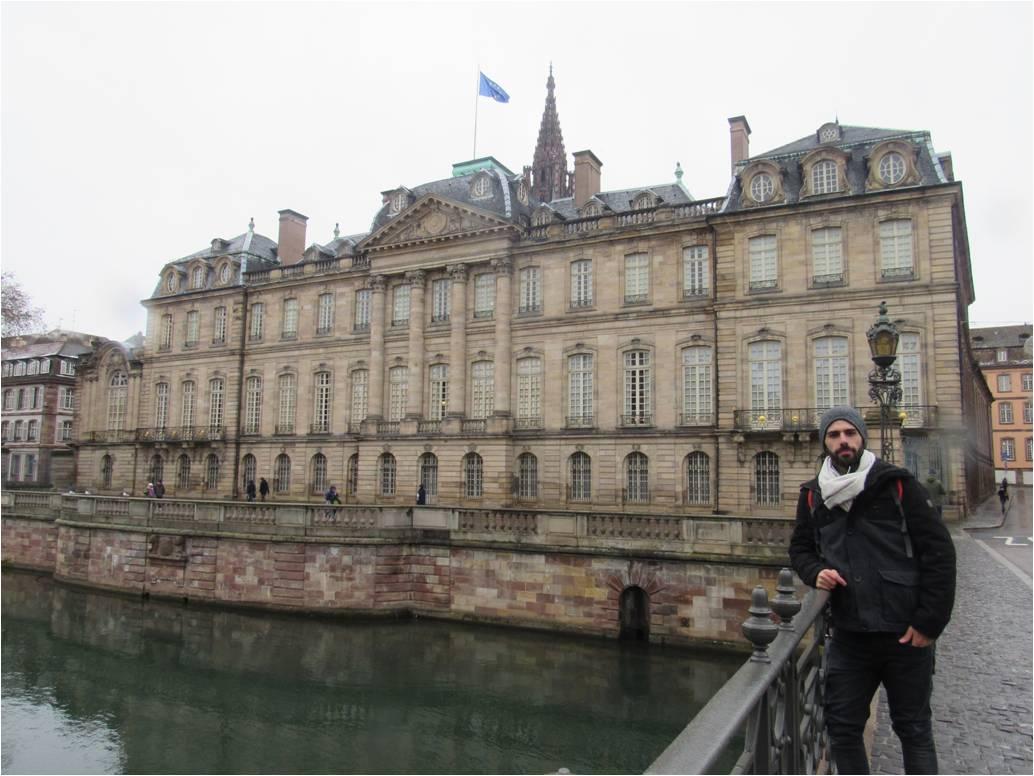 Em Strasbourg.