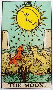 Pisces Energy & The Moon In Tarot