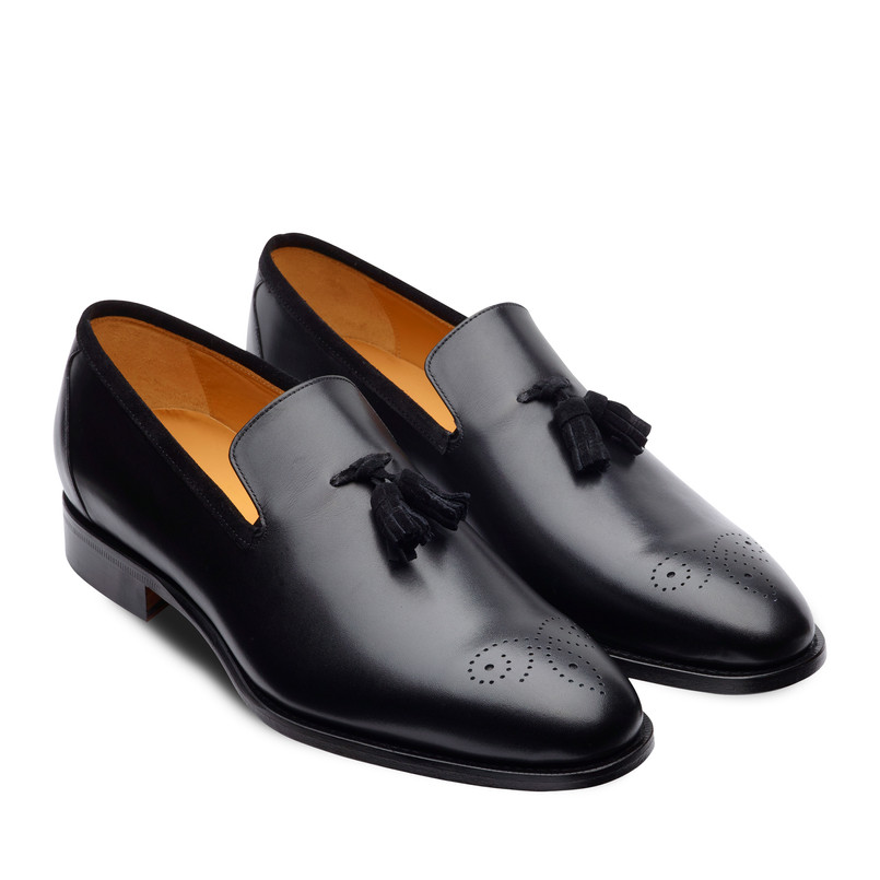 BROGUE TASSELS LOAFER