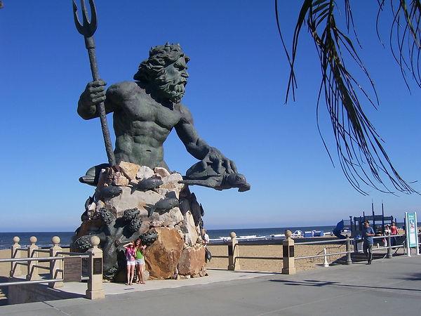 King Neptune Statue Virginia Beach 07.jp