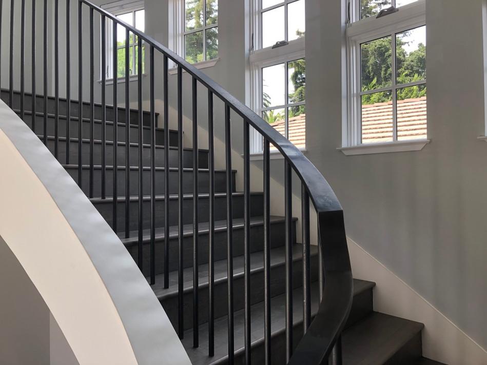 curved railing