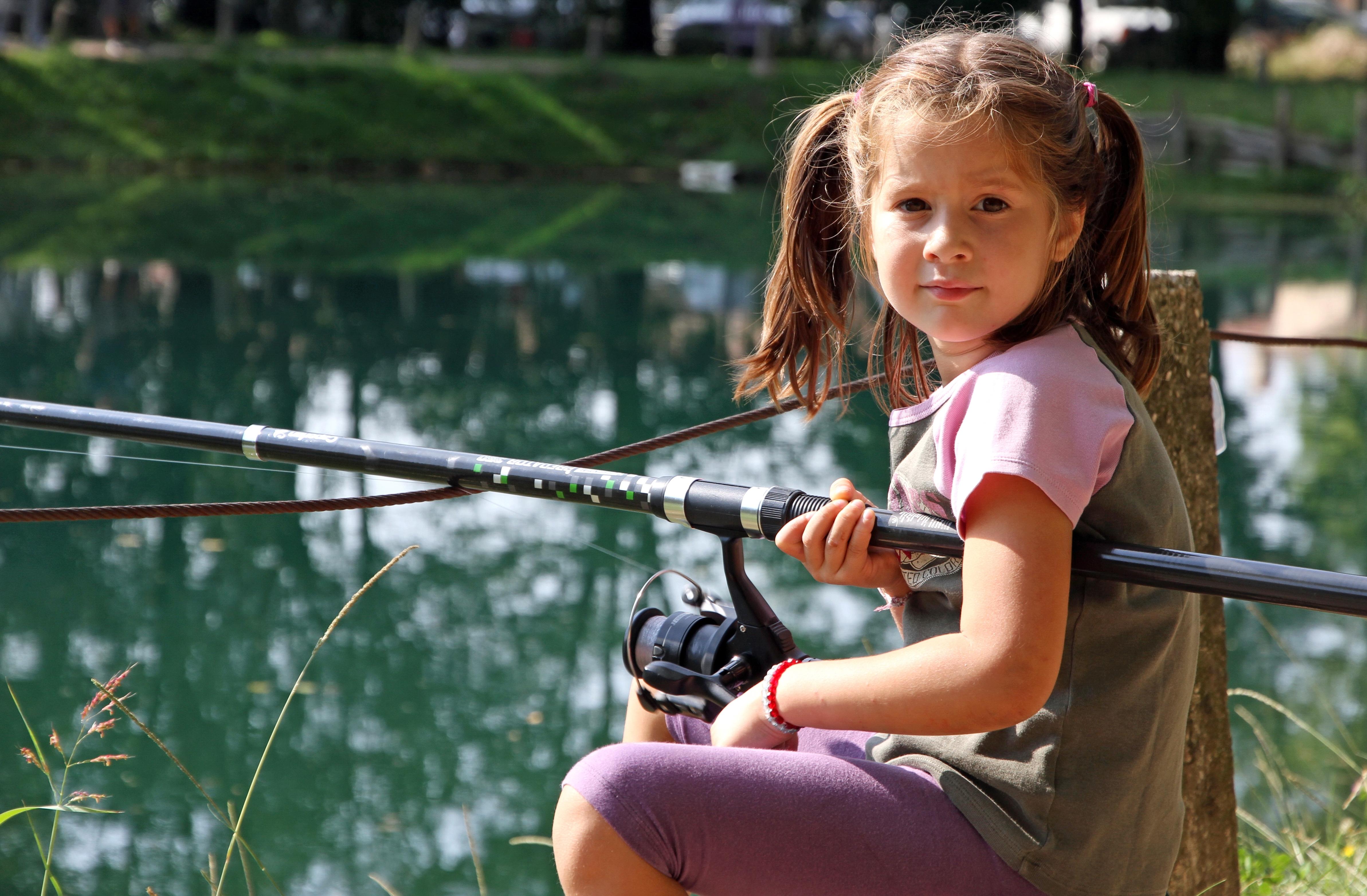 kidfishing.jpg