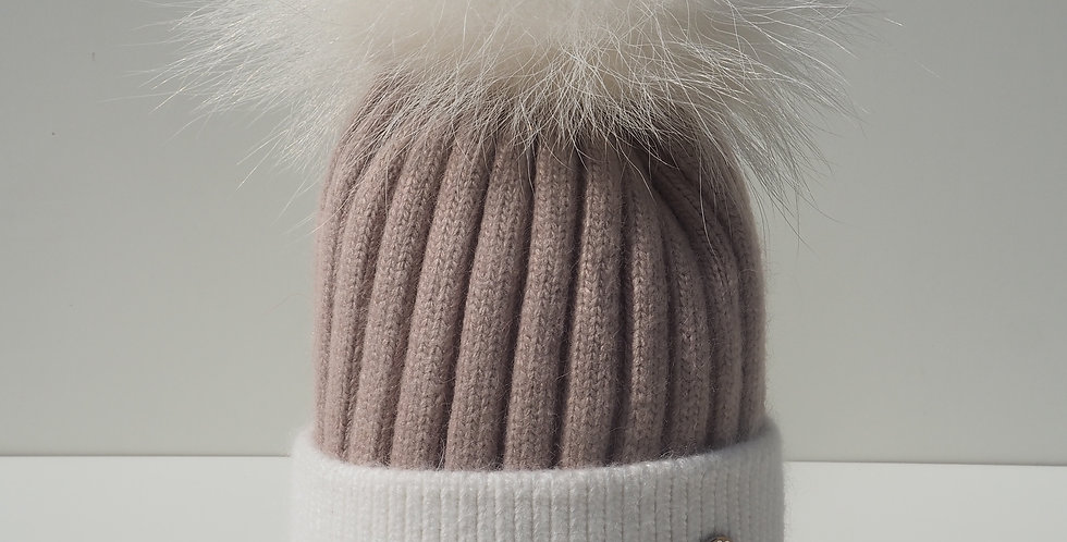 Adults Two Tone Single Hat Mocha and Cream