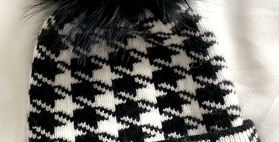 Houndstooth Single Pom Pom Hat