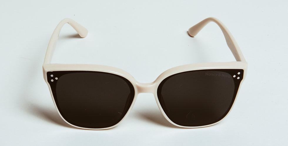 Claudie Sunglasses Cream & Black