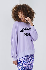 SUNDAE-TEE-WEEKEND-READY-LOGO-CREW-LILAC