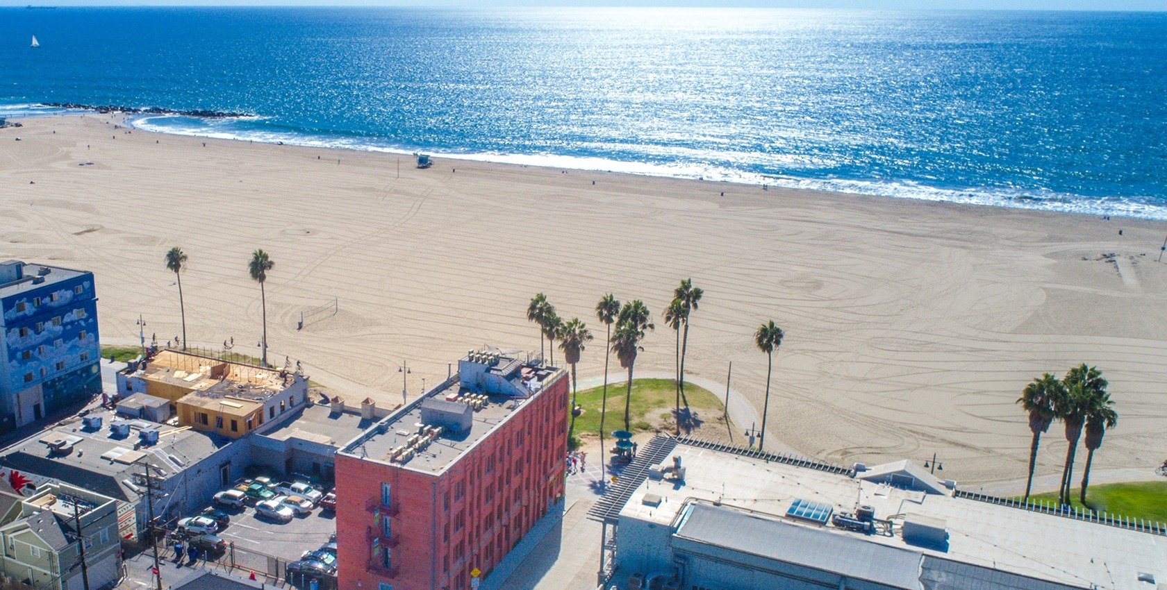 Aerial_view_of_venice_beach