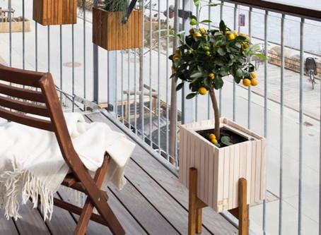 So gestaltest du deinen Balkon urlaubstauglich!