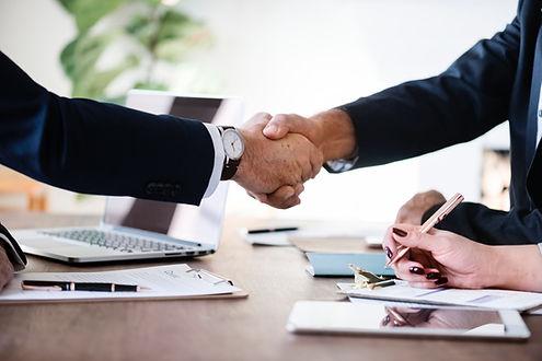businessmen-collaboration-cooperation-88