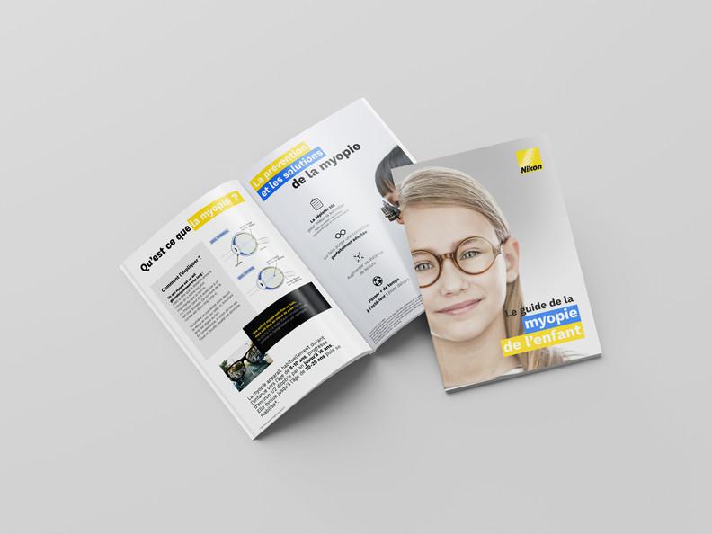 Brochure_nikon.jpg