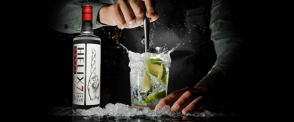 Helix7-Bottle-bartender-making-drink.jpg