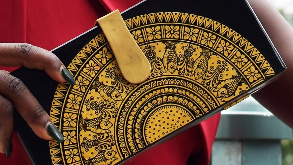 Hand Painted Wooden Clutch (Golden Round)