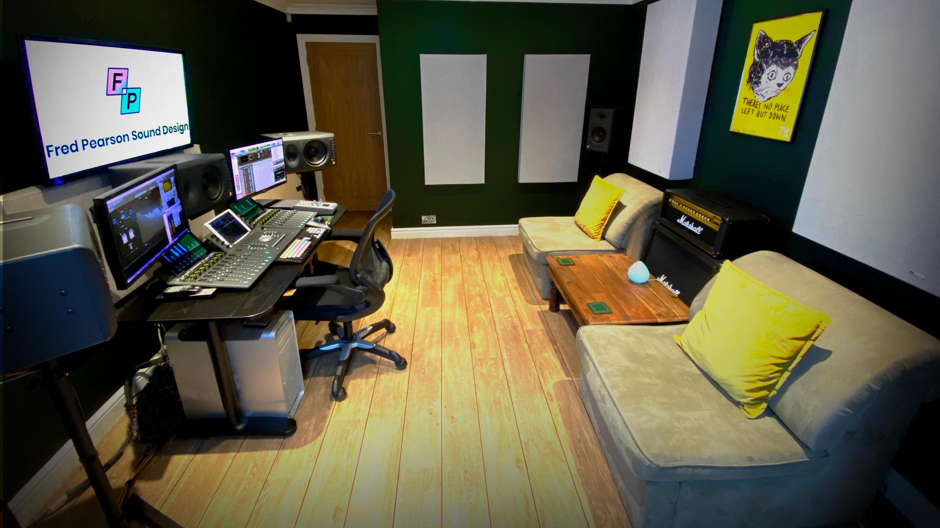 Studio Full