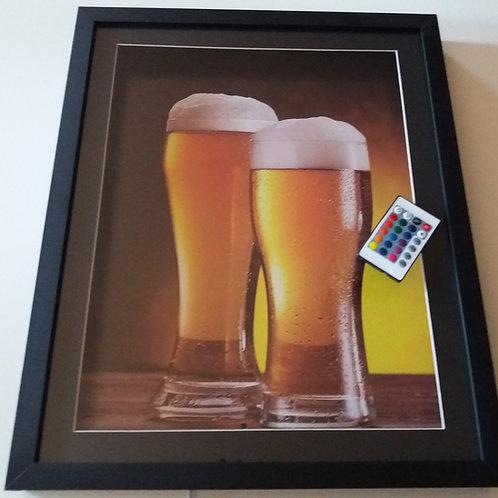 Quadro porta tampinha de cerveja com Led e controle remoto.