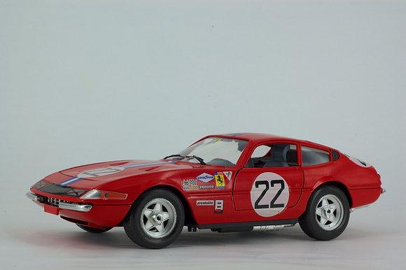 Ferrari Daytona 365 GTB/4 Berlina (1969) 1:18