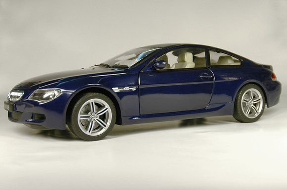 BMW M6 - interlagos blue