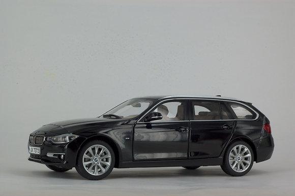 BMW 3 Series Touring - 1:18 Black Sapphire