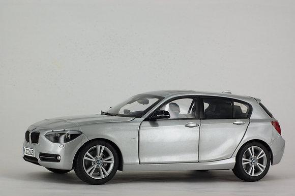 BMW 1 Series - 1:18 Glacier Silver