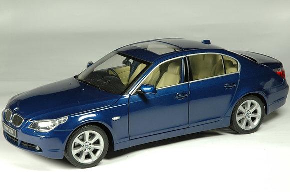 BMW 530i - mystic blue
