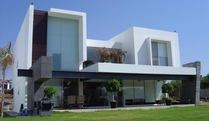 """Publicación de Homify: """"Casas de 2 pisos para ver antes de remodelar tu hogar"""""""