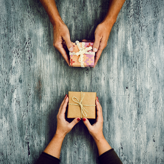 Ten Commandments of the Office Gift Exchange