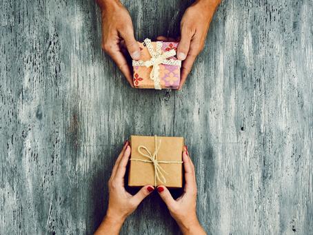 Ten Commandments of the Office Gift Exchange