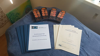Skripte, Zertifikate und kleine Geschenke für die Ausbildung geistige Wirbelsäulenaufrichtung