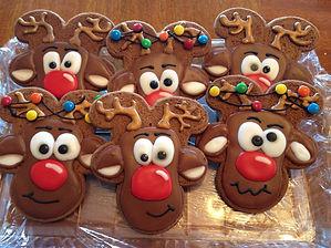 moose themed cookies