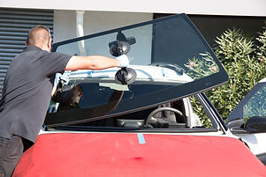 glas on time windshield replacement.jpg