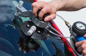 glas on time windshield repair service.jpg
