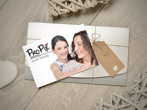 Small Family Photography Session Gift Voucher