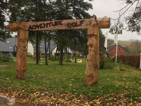 Adventuregolf poort.JPG