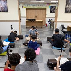 아동·청소년의 음악적 감성을 키우는 작지만 강한 '울림'-해금 배우기