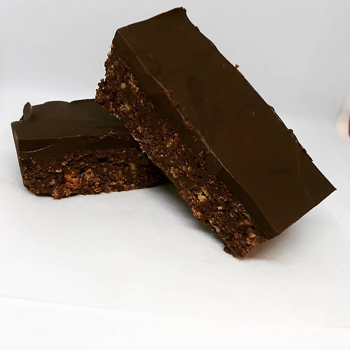 VEGAN Rich Chocolate Slice