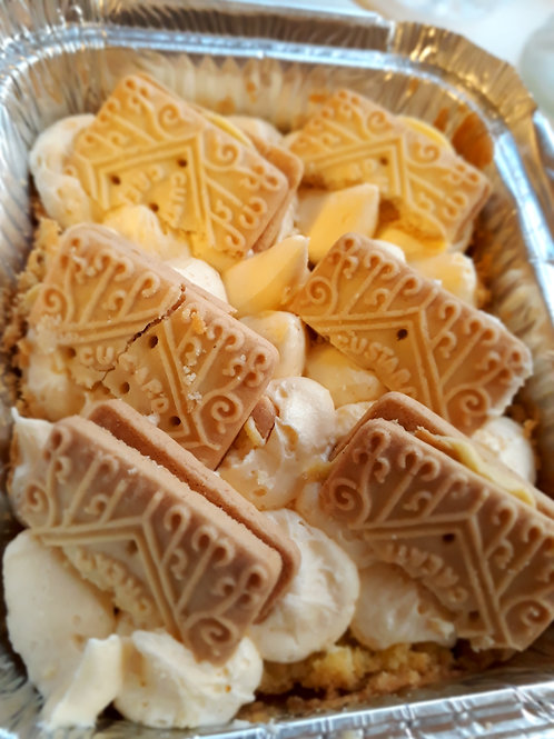 Custard Creams Mini Cake Traybake