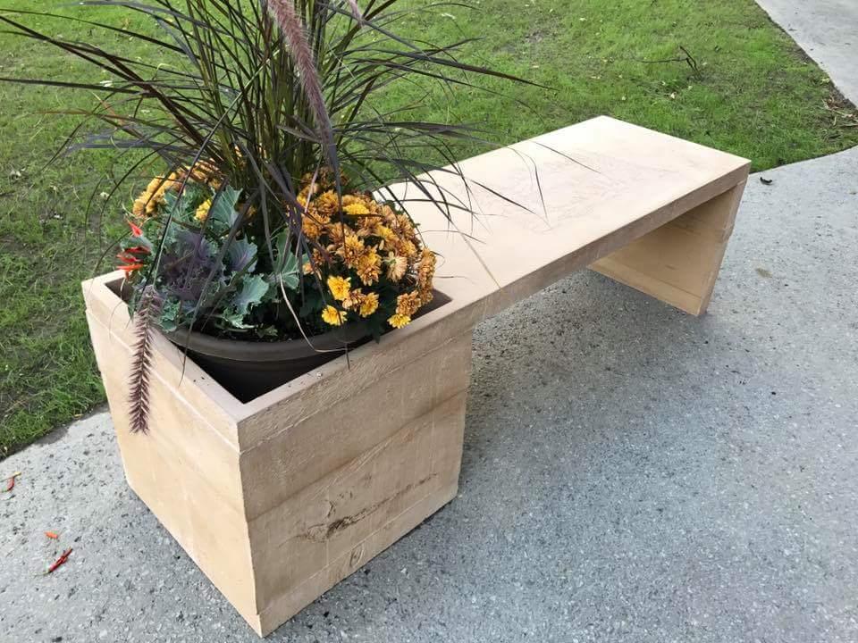 Bench / Planter