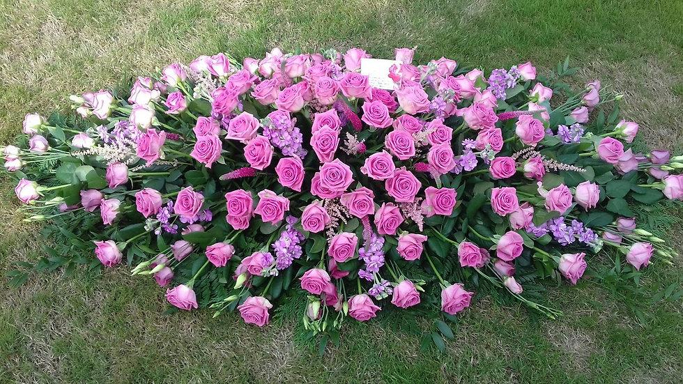 Shades of pink Coffin Spray