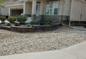 Retaining wall installation services - Winnipeg, Manitoba