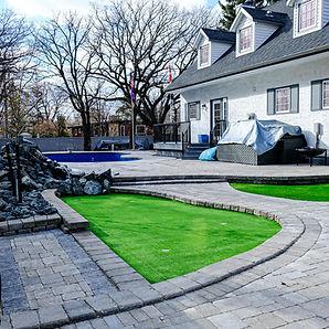 Putting green installation services - Winnipeg, Manitoba