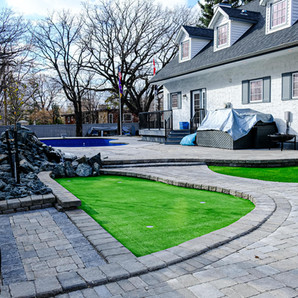 Putting green installation services - Winnipeg, Manitoba