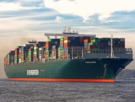 Teretni brod pun kontejnera iz Kine blokirao Sueski kanal
