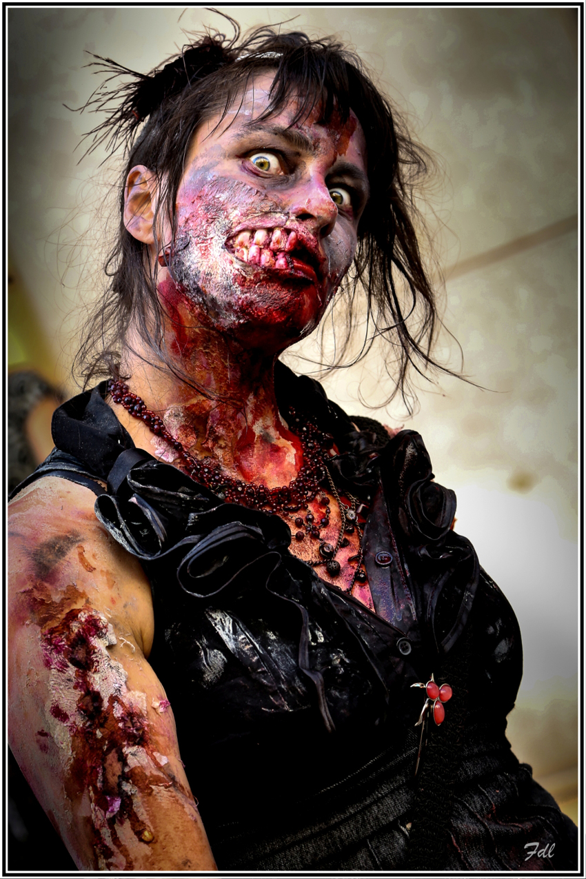 Copie de zombiwalk15 522-1 1000x1500