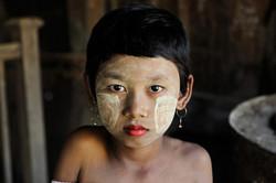 dg3-Steve Mccurry Burma 2