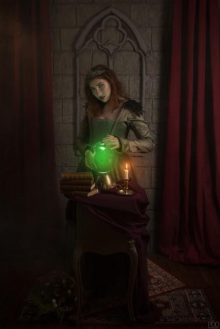 Set photographique voyante et boule de cristale