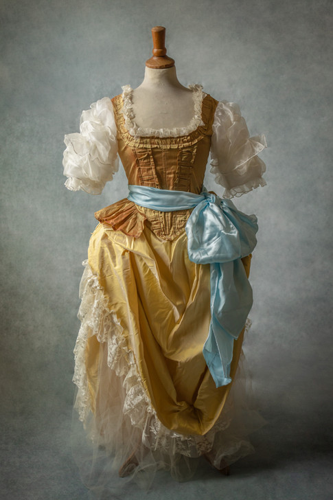 Costume d'époque imaginaire
