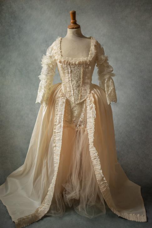 Robe inpiration Marie-Antoinette blanche