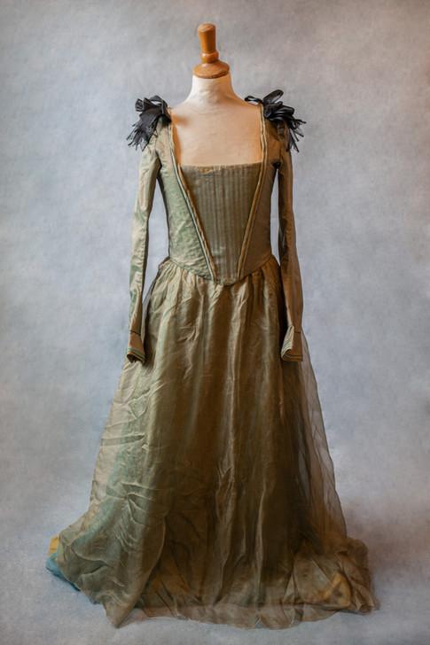 Robe corsetée verte pour shooting onirique