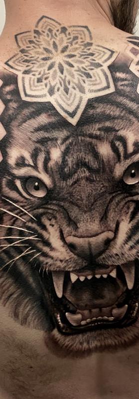 Backpiece tattoo design tiger patternwork