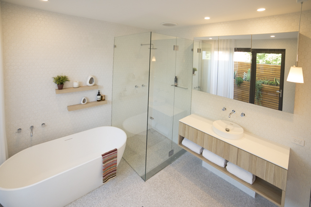 Bondi 4 bed master bathroom